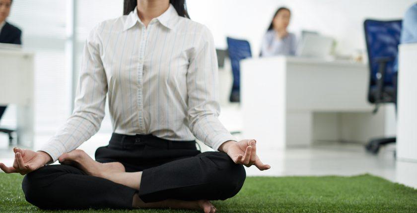 Perché praticare yoga in azienda può migliorare il vostro business?