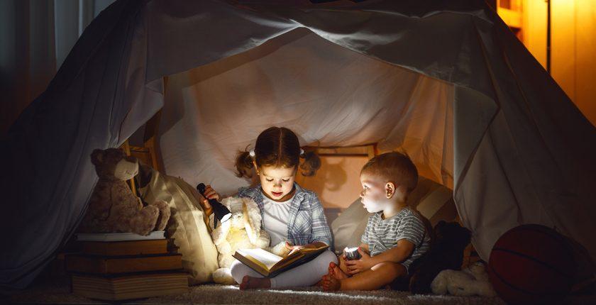 Giochi per bambini dai zero ai tre anni: loro si divertono in sicurezza e voi vi rilassate senza rischiare un infarto ogni due secondi