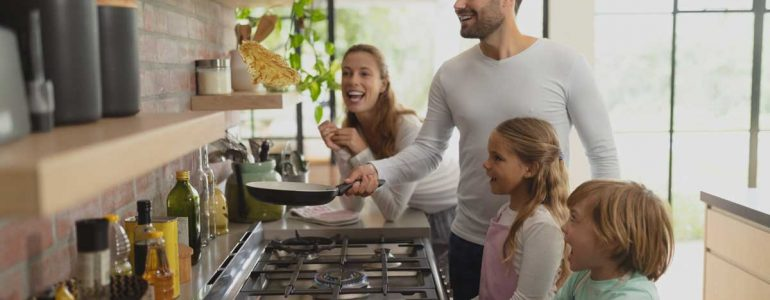 Stare a casa con i figli: ecco i 4 consigli su come organizzare il tuo tempo