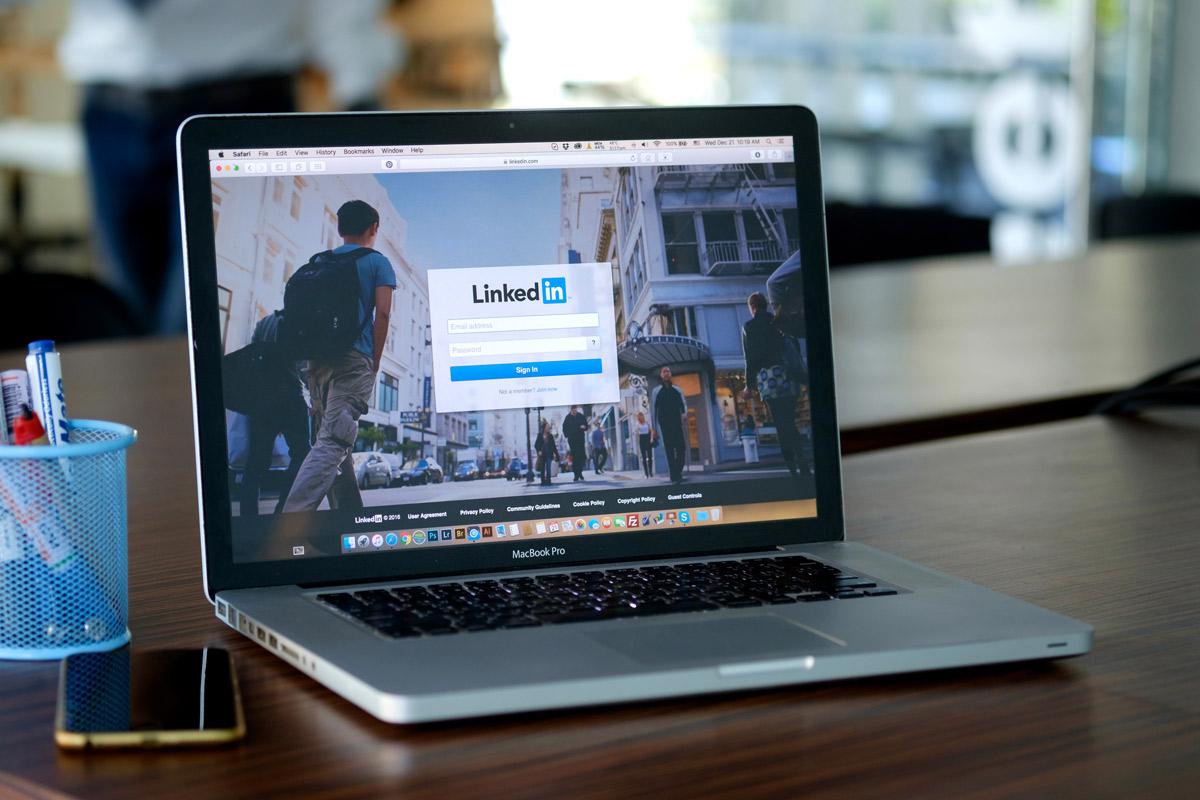 Linkedin: 4 motivi per cui dovresti iniziare ad utilizzarlo