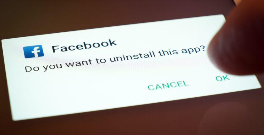 Lo scandalo Cambridge Analytica continua a scuotere il gigante Facebook: sono 87 mln gli utenti coinvolti, 214 mila solo in Italia