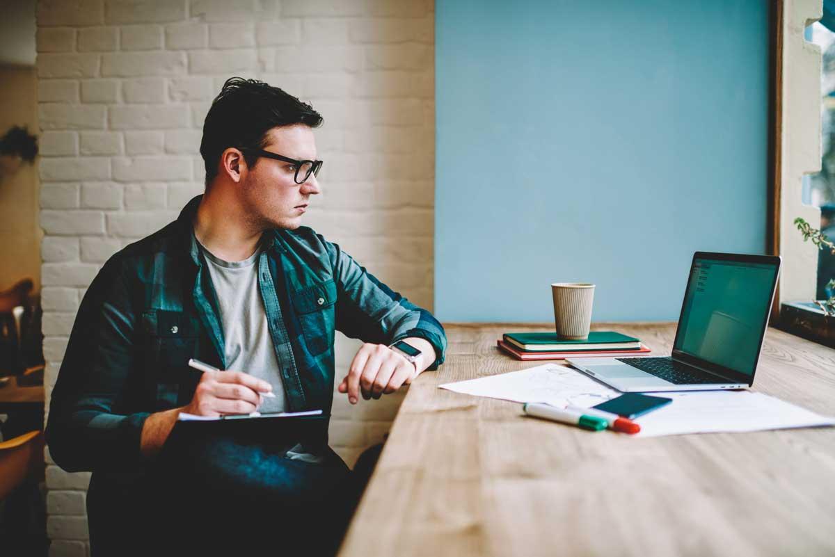 Formazione online: quanto è importante oggi e cosa imparare per il futuro